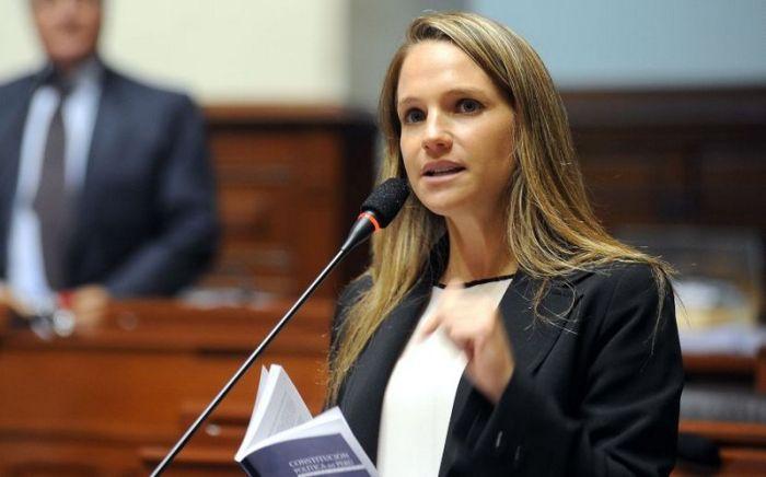 jenshini politiki 05 The most beautiful modern women politicians (15 photos)