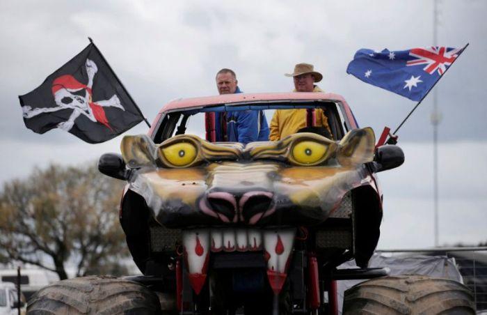 Отдых австралийской деревенщины на фестивале Deni Ute Muster (27 фото)