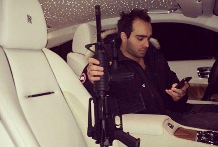 Красивая жизнь внука бывшего министра обороны Сирии Мустафы Тласа (24 фото)