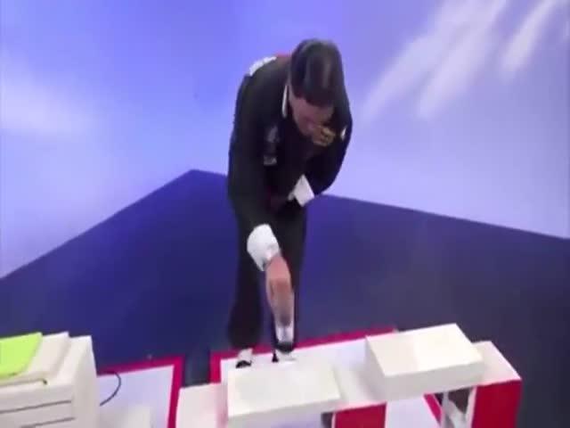 Телеведущий случайно разоблачил мастера кунг-фу