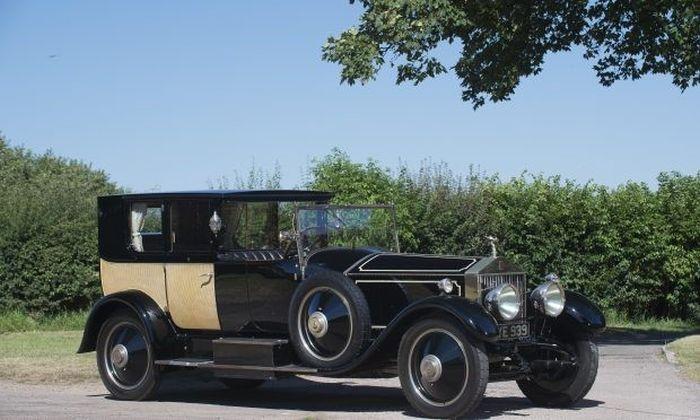 Rolls-Royce Phantom I, интерьер которого не уступает дворцовой роскоши (15 фото)