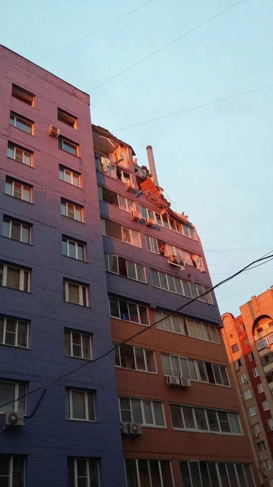 Взрыв в многоэтажном доме Рязани из-за утечки газа (5 фото + видео)