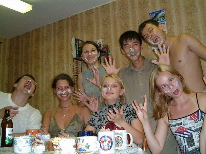 Фото студенты в общаге необычные