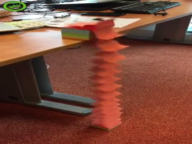 Когда в офисе становится скучно