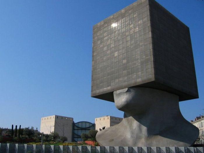 Здания с удивительной архитектурой (20 фото)