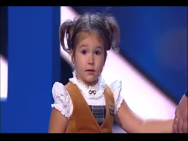 Девочка-вундеркинд разговаривает на 7 языках