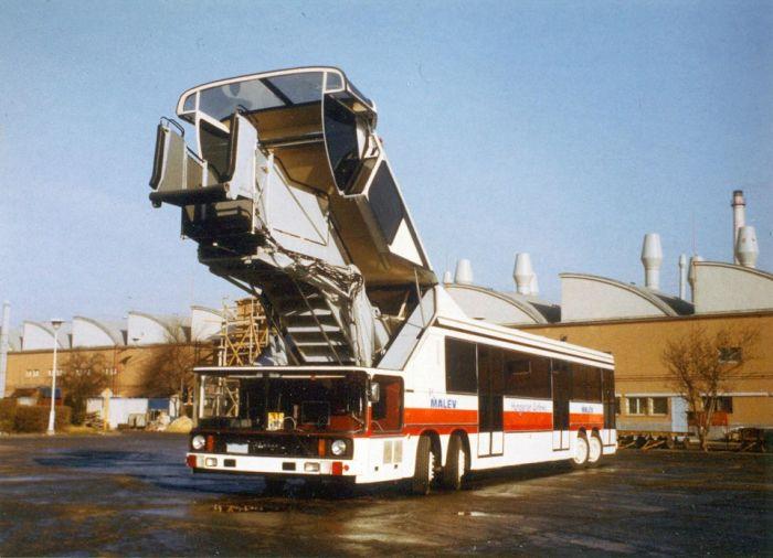 Ikarus 695 - уникальный автобус, который так и не пошел в серию (10 фото)