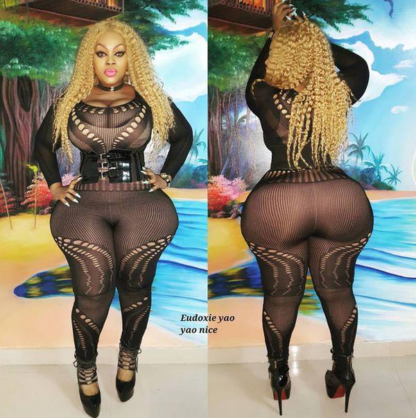 Африканская модель прославилась благодаря объемным формам (20 фото)