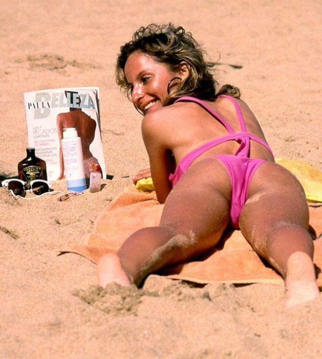 Девушки на чилийском пляже Ренака, 1980-е (48 фото)