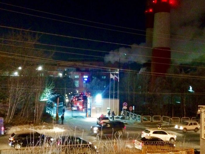 Мурманск остался без электричества из-за мощного взрыва на подстанции (3 фото + 3 видео)