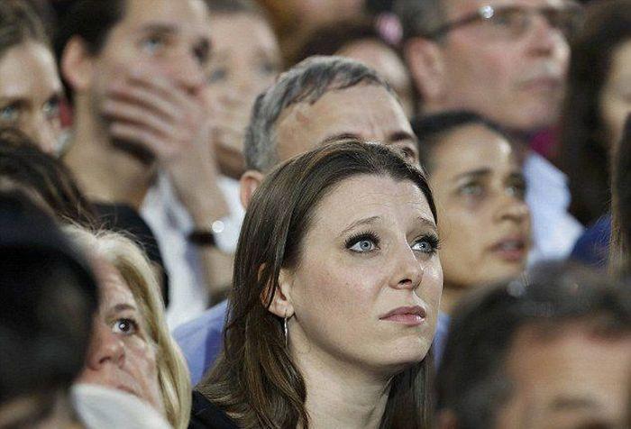 Реакция сторонников Хиллари Клинтон на итоги выборов в США (9 фото)