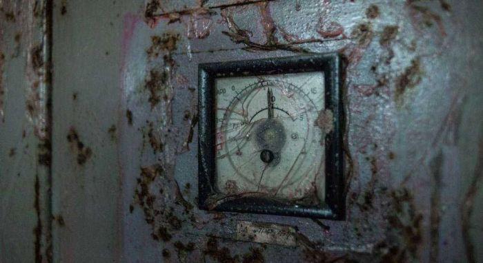 Четвертый энергоблок ЧАЭС спустя 30 лет после аварии (15 фото)