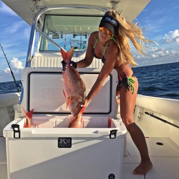 Мишель Клаватт - самый очаровательный в мире рыбак (25 фото)