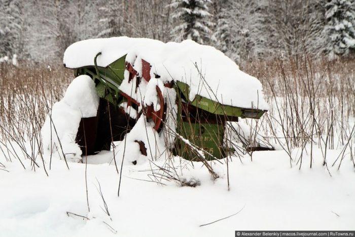 Заброшенная колония на севере Пермского края (22 фото)