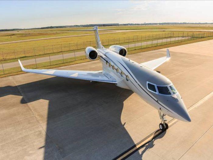 Gulfstream G500 задал новый стандарт для частных самолетов (15 фото)