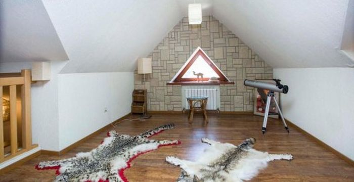 Хозяева дома нечаянно «спалились» (3 фото)
