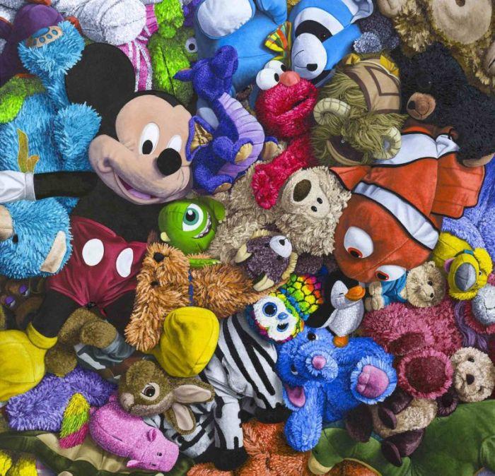 Невероятно реалистичные картины с плюшевыми игрушками (12 фото)
