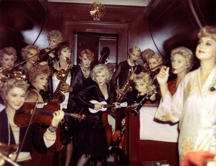 Почему фильм «В джазе только девушки» снят на черно-белую пленку (11 фото)