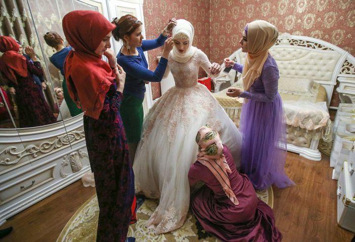 Невесту во время свадьбы в жопу пока никто не видит фото 549-52