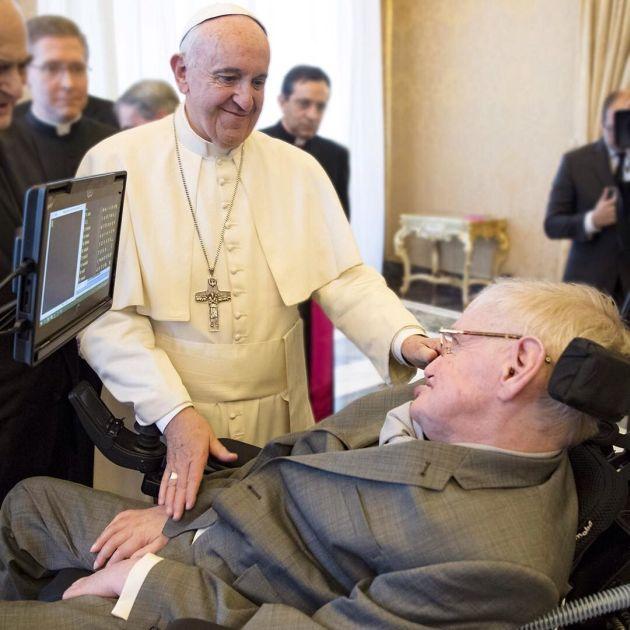 Папа Римский Франциск встретился со Стивеном Хокингом (3 фото)