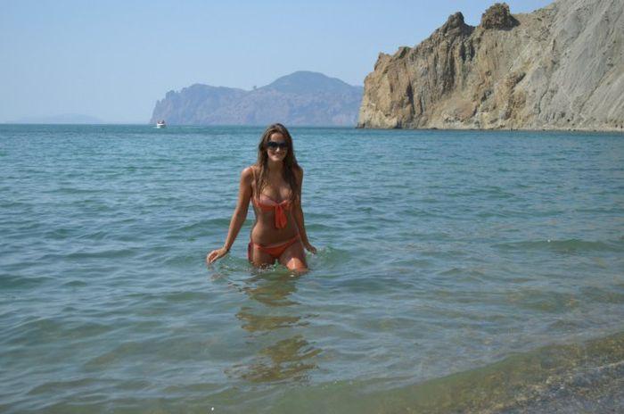 Девушки на отдыхе в Крыму (38 фото)