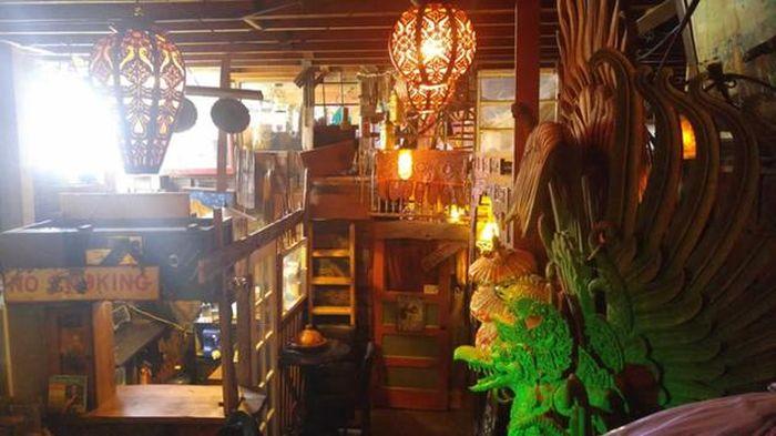 Сильнейший пожар в студии художников в Окленде (15 фото + видео)