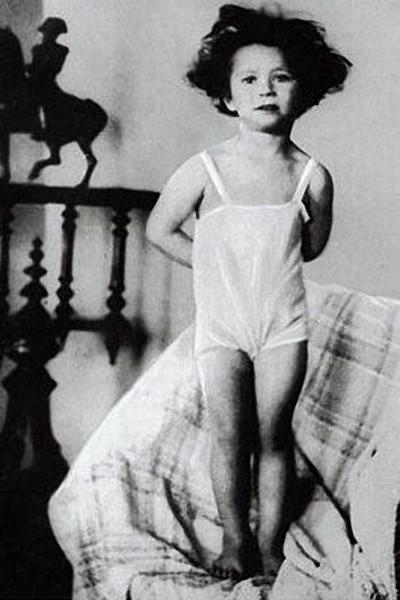 Детские снимки наших знаменитостей (14 фото)