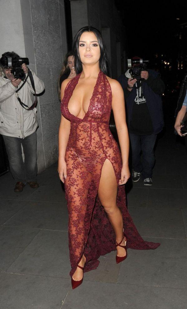 Деми Роуз вновь надела откровенное платье (9 фото)