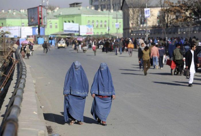 http://trinixy.ru/pics5/20161212/life_in_afghanistan_01.jpg