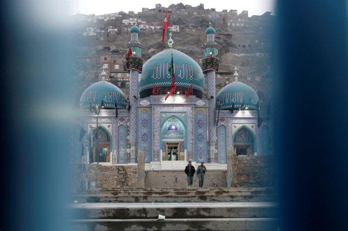 http://trinixy.ru/pics5/20161212/life_in_afghanistan_15.jpg