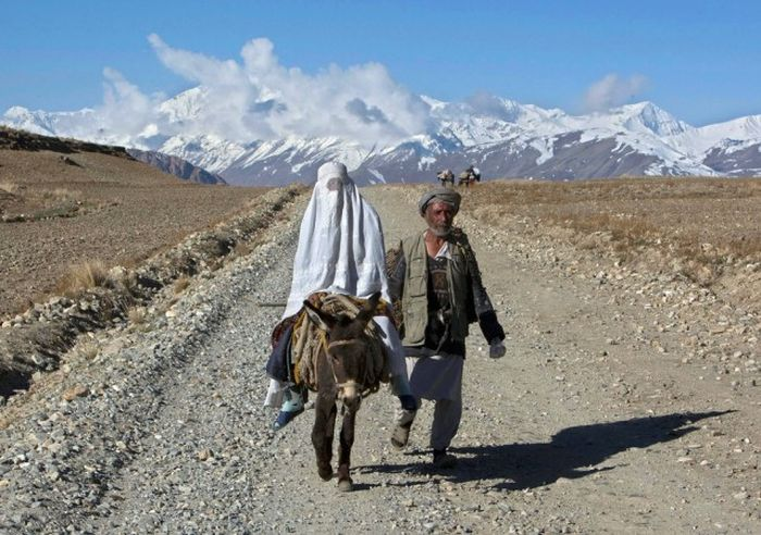 http://trinixy.ru/pics5/20161212/life_in_afghanistan_17.jpg