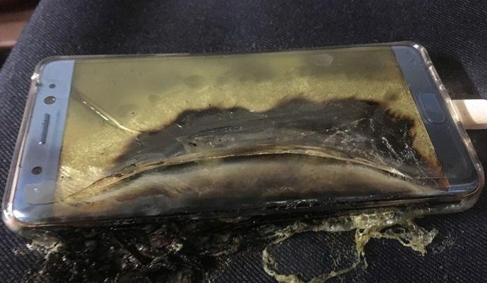 В США Samsung принудительно отключит оставшиеся у пользователей Galaxy Note 7 (2 фото)