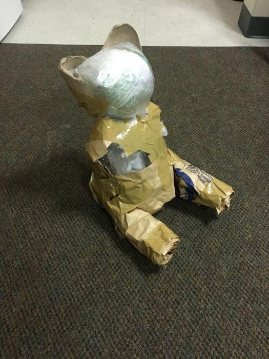 Парень замаскировал подарок с помощью оригинальной упаковки (7 фото)