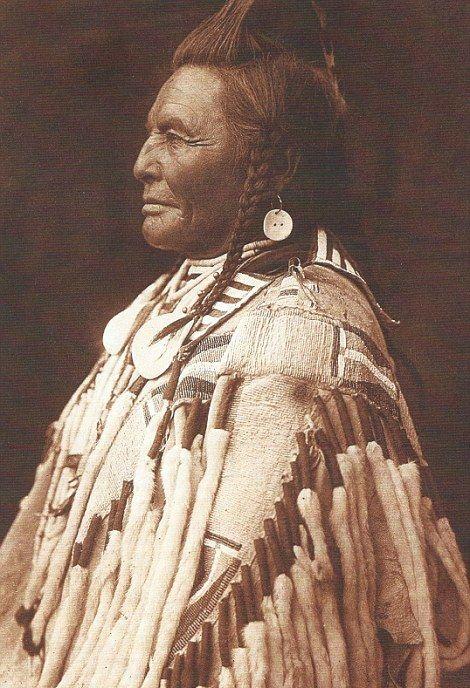 За коллекцию старых фотографий индейцев намерены выручить сотни тысяч долларов (24 фото)