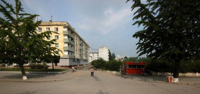 Свежие снимки из Северной Кореи (37 фото)
