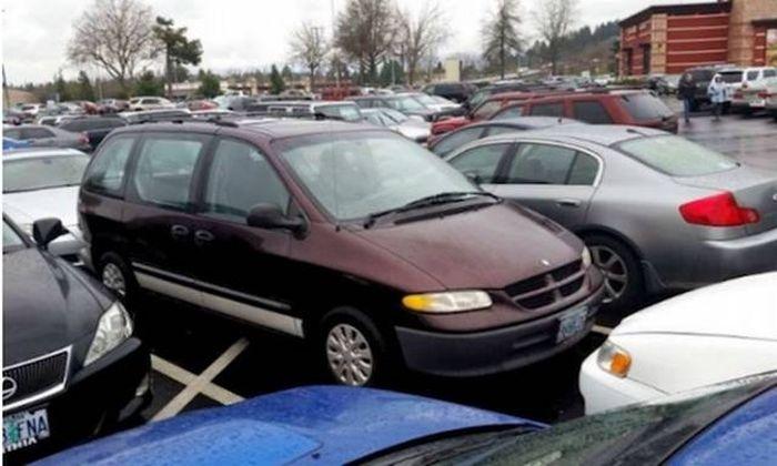 Автоместь за неправильную парковку (30 фото)