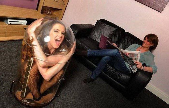 Немного сумасшедшие девушки (44 фото)