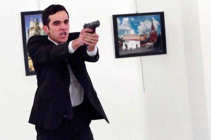 Покушение на российского посла в Турции Андрея Карлова