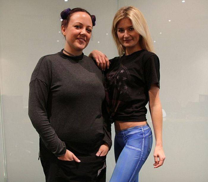 Модель в нарисованных джинсах прогулялась по Лондону (4 фото + видео)
