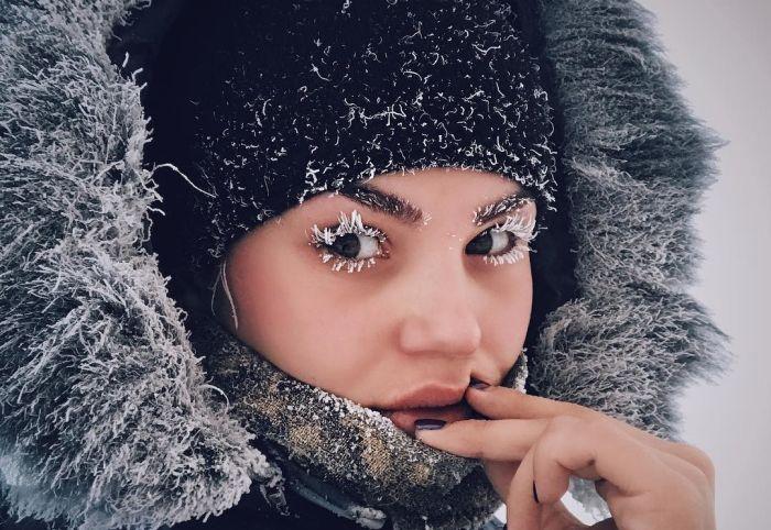 Как жители севера России развлекаются в аномальные морозы (6 фото + 9 видео)