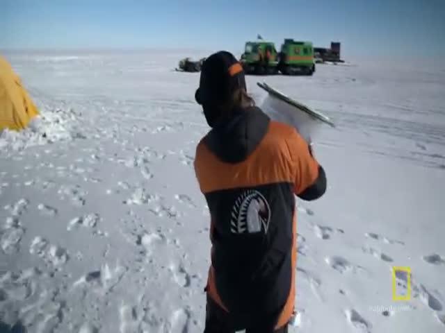 Как справляют нужды полярники Антарктиды