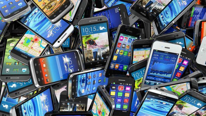 5 самых необычных и интересных смартфонов 2016 года