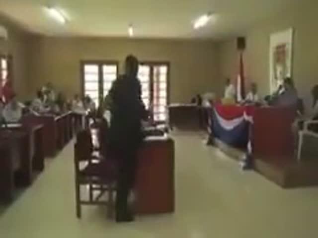 Президент Боливии Эво Моралес попался на просмотре порно