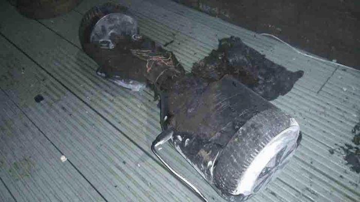 Взорвавшийся ховерборд едва не сжег дом (5 фото)