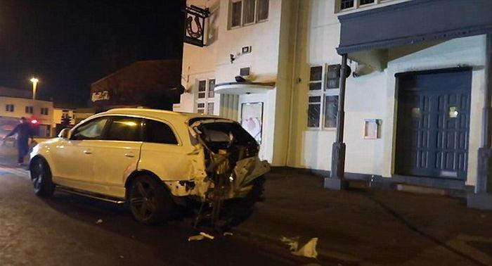 Представитель «золотой молодежи» чудом выжил в серьезной аварии (11 фото)