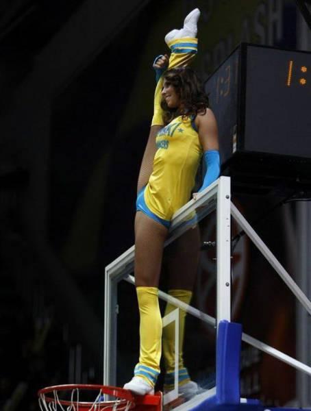 Девушки, увлекающиеся спортом (41 фото)