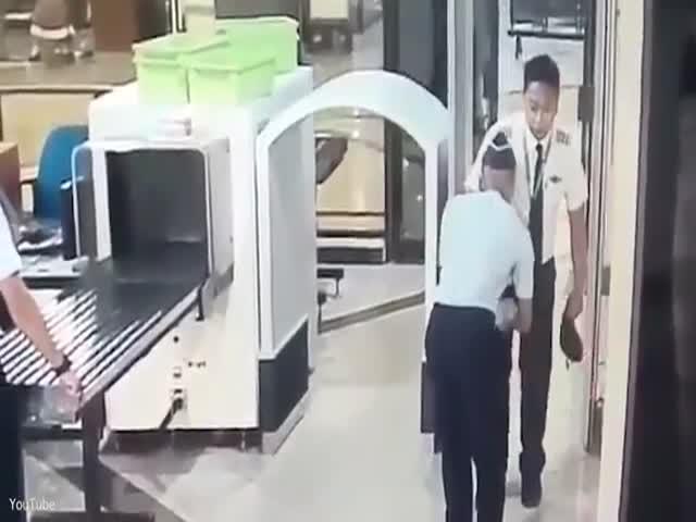 Пилот перебрал со спиртным