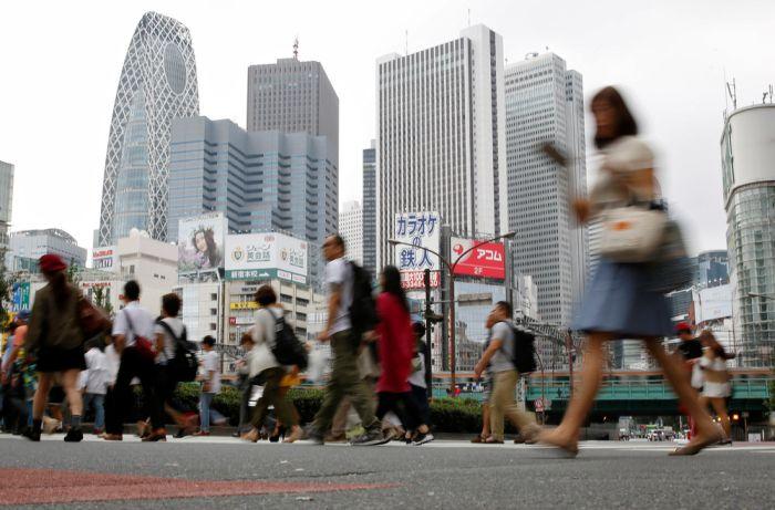 Кадры повседневной жизни японцев (48 фото)
