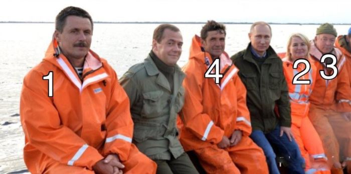 Уху евший с рыбаками Путин