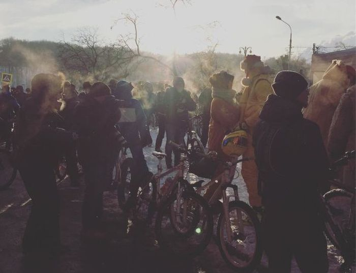 В Москве состоялся зимний велопарад (8 фото)
